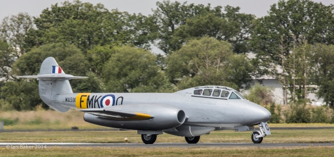Gloster Meteor T7 (1)